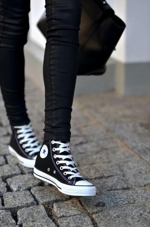 The traditional black and white converse high tops...you really can't get much better!: