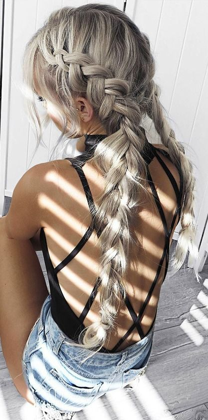 These braids are so gorgeous, and I'm in love with the silver hair color. Although I would never have the guts to do my hair like this I can see why she dyed it this way, its gorgeous! I also am loving the open back top, so tumblr and summer-y -Xoxo, Ari: